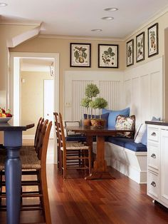 Great Banquette...--(beadboard trim on wall--maybe could be lower???-L)