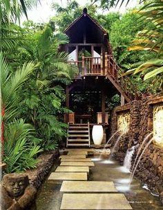 Tropical Tree House, Bali photo via rebbeca Haus Am Hang, Beautiful Homes, Beautiful Places, Beautiful Tree Houses, Tropical Houses, Tropical Paradise, Tropical Style, Backyard Paradise, Tropical Forest