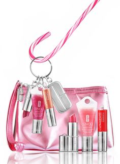 I LOVE my Clinique lipgloss key chain :)