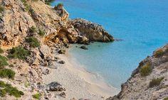 Cala Tarida. Ibiza, Spain. La otra cara de Ibiza, playas de Ibiza, rincones de Ibiza, paisajes de Ibiza, Cala Conta Ibiza, Ibiza isla blanca, sitios que visitar en Ibiza, Ibiza beaches, Ibiza white island, places to go in Ibiza