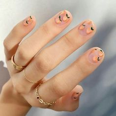 Nail Art Inspiration For Your Next Manicure Peach Nails inside Nail Art Inspiration - Fashion Style Ideas Peach Nail Polish, Peach Nails, Peach Nail Art, Lemon Nails, Polish Nails, Peach Acrylic Nails, Coral Nails, Minimalist Nails, Cute Nails