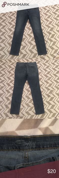 Old Navy Flirt Cut Jeans Size 14 Long Old Navy Skinny Jeans size 14 long. Good used condition. No signs of wear other than tag decal inside wearing off as shown in picture. All seams are intact with no marks. Old Navy Jeans Skinny