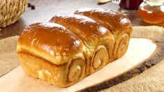 It rsquo s So Easy To Make The Fluffiest Bread Ever Tortas Low Carb, Japanese Milk Bread, Japanese Food, Brioche Bread, Homemade Dinner Rolls, Chocolate Croissant, Cuisine Diverse, Homemade Chocolate, Stick Of Butter