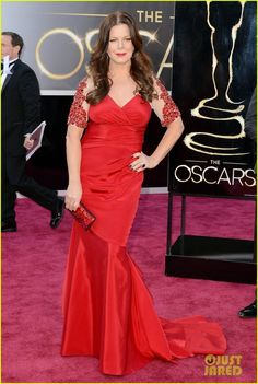 Marcia Gay Harden.  #Oscar #oscars #red carpet #FASHION #academy awards #academy awards 2013 #alfombra roja #marcia gay harden #just jared