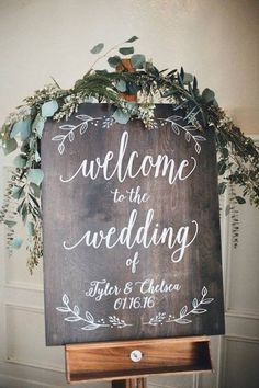 DIY wedding ideas for brides who love lettering Here's a rustic DIY wedding idea. Welcome your guests with a sweet sign to start the event. Decorate it with fresh flowers and green for a romantic and modern look. Rustic Wedding Signs, Wedding Welcome Signs, Wedding Signage, Chalkboard Wedding Signs, Rustic Weddings, Wedding Chalk Board Signs, Beach Weddings, Romantic Weddings, Signs For Weddings