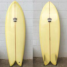 """5'0"""" Steve Lis style keel fish by @blackapache #blackapache #stevelis #twinfin #surfboard by boardporn"""