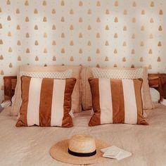 #bedroom #bedroomdecor #bedroomdecoration #bedroomdesign #bedroomgoals #bedroominspo #bedroomideas #bedroomstyle #daphnemodeandthecity