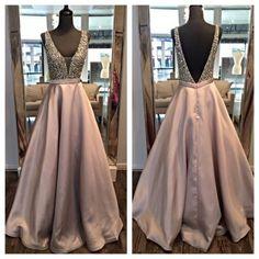 2017 Deep V-neck Open Back Long Prom Dresses Pretty Evening Dresses For Teens