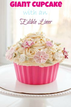Homemade 6 inch funfetti layer cake is filled with sprinkles and decorated with vanilla buttercream flowers! Find the easy recipe and cake decoratiu2026  sc 1 st  Pinterest & Homemade 6 inch funfetti layer cake is filled with sprinkles and ...