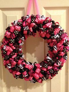 *******************************************    Wild & Hot Zebra/Polka Dot Wreath *******************************************