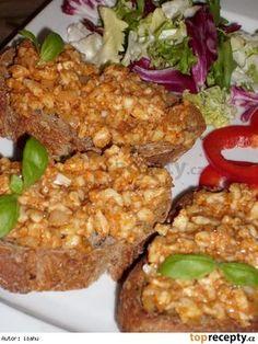 Romadur ala tatarák Slovak Recipes, Czech Recipes, Ethnic Recipes, Food 52, Meatloaf, Salmon Burgers, Fried Rice, Salads, Good Food