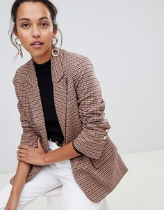 Find the best selection of ASOS DESIGN Tailored heritage check blazer. Shop today with free delivery and returns (Ts&Cs apply) with ASOS! Asos, Plus Size Fall Fashion, Autumn Fashion, Blazer Fashion, Fashion Outfits, Fashion Edgy, Work Fashion, Office Fashion, Fashion Black