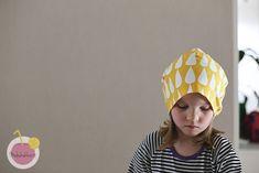 Trikoopipon kaava ja ohje pipon ompeluun – Käsityökekkerit Sewing For Kids, Winter Hats, Beanie, College, Couture, Baby, Fashion, Craft Flowers, Moda