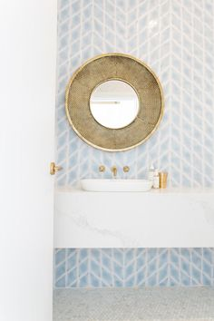 Brass and pale blue bathroom design Beautiful Bathrooms, Modern Bathroom, Small Bathroom, Master Bathroom, Minimalist Bathroom, Blue Bathrooms, Bathroom Goals, White Bathroom, Blue Bathroom Tiles