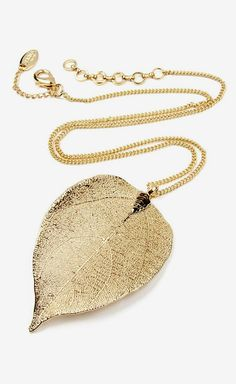 Gold Gia Leaf Pendant Necklace