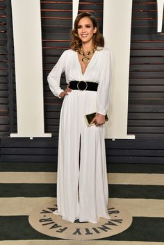 Jessica Alba is White Hot at Vanity Fair Oscar Party: Photo Jessica Alba attends the 2016 Vanity Fair Oscar Party at the Wallis Annenberg Center for the Performing Arts on Sunday (February in Beverly Hills, Calif. Long Sleeve White Gown, Prom Dresses Long With Sleeves, Brian Atwood, Roberto Cavalli, Street Style Jessica Alba, Celebrity Dresses, Celebrity Style, Celebrity Gossip, Style Caftan