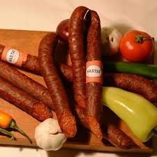 Kolbászkrém recept How To Make Sausage, Sausage Making, Hungarian Recipes, Hungarian Food, Hamburger, Sandwiches, Food And Drink, Restaurant, Homemade