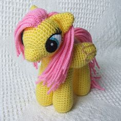 Cute Crochet Patterns Amigurumi My Little Pony - FREE Crochet Pattern / Tutorial Crochet Pony, Poney Crochet, Crochet Unicorn Pattern, Crochet Patterns Amigurumi, Knit Or Crochet, Cute Crochet, Amigurumi Doll, Crochet Crafts, Crochet Dolls