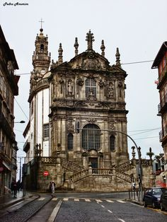 Torre dos Clérigos, Porto in Portugal Portugal Vacation, Places In Portugal, Spain And Portugal, Portugal Travel, Places Around The World, Around The Worlds, Porto City, Voyage Europe, Catacombs