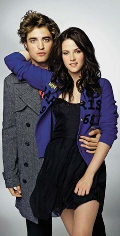 Robert Pattinson and Kristen Stewart.....