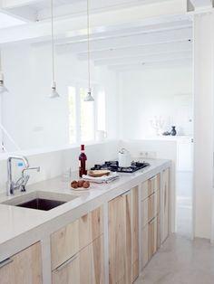 Heegje   mooie houten keuken. houten keuken met epoxy blad Door A-BOUD