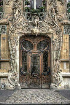 29 avenue Rapp, Paris VII - Architecte Jules Lavirotte  Primé au concours de façades 1901