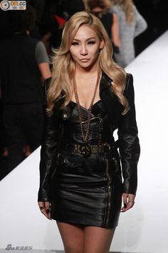 CL (2NE1) MOSCHINO