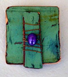 cb554b3fe23 Brosch, ärgad återvunnen koppar med lila sötvattenpärla. Brooch, copper  jewelry
