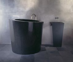 Marmor Stone & Design: Bathtubs Carved out of Stone. Soaking Tub in Absolute Bla… Marmor Stone & Design: Bathtubs Carved out of Stone. Soaking Tub in Absolute Black granite from Stone Forest. Japanese Soaking Tubs, Deep Soaking Tub, Soaking Bathtubs, Compact Bathroom, Bathroom Spa, Bathroom Ideas, Bathtub Shelf, Copper Tub, Stone Bathtub