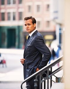 Be inspired by Gabriel Macht who is wearing a sharp navy pinstripe suit with peaked lapels. The pinstripe suit is an everlasting classic that will never get old. So you may want to opt for a pinstripe suit (anthracite or navy) if you do not have one yet. Follow Gentlemenwear for more posts!