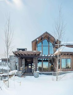 Modern-rustic mountain home with spectacular views in Big Sky country Rustic House Exterior Mountain Home Exterior, Modern Mountain Home, Mountain Living, Mountain Homes, Rustic Exterior, Exterior Design, Modern Exterior, Modern House Design, Home Design
