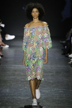 Vivienne Tam Spring 2017 Ready-to-Wear Collection Photos - Vogue