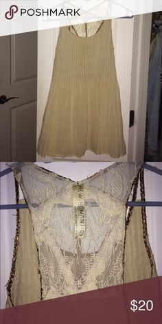 Free People Top Free People Tank Top, fairly worn but still in good shape Free People Tops Tank Tops