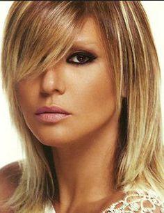 Gülben Ergen hayranları için özel olarak seçip eklediğimiz saç modellerinizi sizlerle paylaşıyoruz. Birbirinden güzel tam 12 adet gülben ergen saç modelleri...
