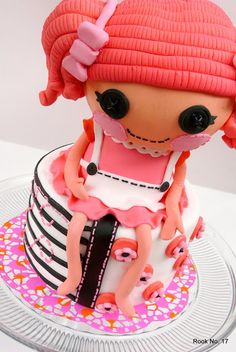 *Rook No. 17: recipes, crafts & whimsies for spreading joy*: Lalaloopsy Birthday Cake -- Sew Cute!