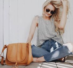 the Brio crossbody in Whiskey // featuring @hanwestby