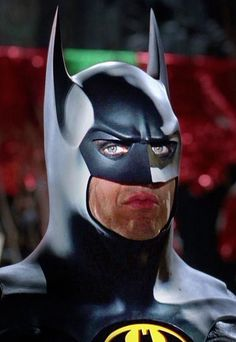 Michael Keaton as Batman in 'Batman Returns.' (The costume & notably the mask changed some for a better over-all look from the original 1989 classic. Im Batman, Batman Art, Lego Batman, Batwoman, Batgirl, Michael Keaton Batman, Batman Tattoo, Arte Dc Comics, Batman Returns