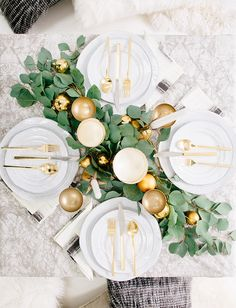 Glamorous Christmas Decor Inspiration // Alexandria Mavis