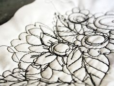 Drawing with Stitch - monochrome embroidery, free motion sewing technique // Alisa Burke