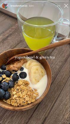 Think Food, I Love Food, Good Food, Yummy Food, Yogurt Bowl, Food Is Fuel, Food Goals, Aesthetic Food, Food Cravings