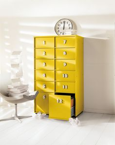 Composable unit with drawers and doors TOOLBOX By EmmeBi design Pietro Arosio Commode Design, Deco Design, Home Office Design, Mellow Yellow, Interiores Design, Home Living Room, Home Organization, Tool Box, Filing Cabinet