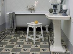 Carreaux de ciment gris salle de bains