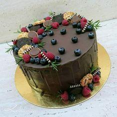 čokoládová, Inšpirácie na originálne torty Narodeninové torty Cake Designs, Amazing Cakes, Vanilla Cake, Cake Decorating, Bakery, Food And Drink, Birthday Cake, Sweets, Fruit