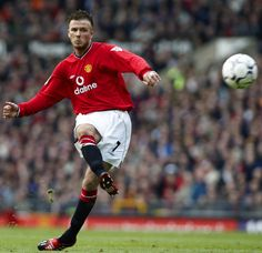 David Beckham takes a free-kick during @manutd's match with Middlesbrough at Old Trafford in 2002.