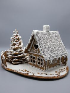 Gingerbread house - cookie by Olina Wolfs Gingerbread House Template, Gingerbread House Designs, Gingerbread Village, Christmas Gingerbread House, Gingerbread Cookies, Christmas Kitchen, Christmas Cooking, Christmas Sugar Cookies, Christmas Treats