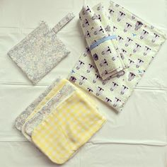 Baby changing mat, wet bags and burp cloths. These make great handmade baby shower gifts. More homemade baby gift ideas at http://www.sewinlove.com.au/2016/01/10/10-homemade-baby-shower-gifts-mamas-love/