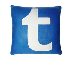 If Tumblr is the easiest way to blog. Than this Tumblr pillow is the easiest way to sleep. Much like its namesake, this pillow lets you effortlessly share anything in your dreams. Texts, music, video-