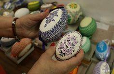 Novinka od krasličiarky z Veľkej Lehôtky: Dvojžĺtkové husacie vajcia Cookies, Desserts, Food, Ideas, Eggs, Easter, Biscuits, Meal, Deserts