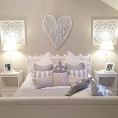 Teenage girl bedrooms decor Exciting decor ideas and examples for that spectacular bedroom ideas for teen girls dream rooms Teen girl room suggestion shared on 20181208 Cool Teen Bedrooms, Beautiful Bedrooms, Girl Bedrooms, Bedroom Ideas For Teen Girls Tumblr, Beautiful Interiors, Home Bedroom, Bedroom Decor, Bedroom Furniture, Bedroom Themes