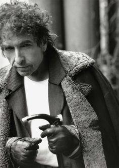 ノーベル賞(ノーベル財団)は、文学賞を受賞したボブ・ディランからスピーチが送られてきたことを明か...